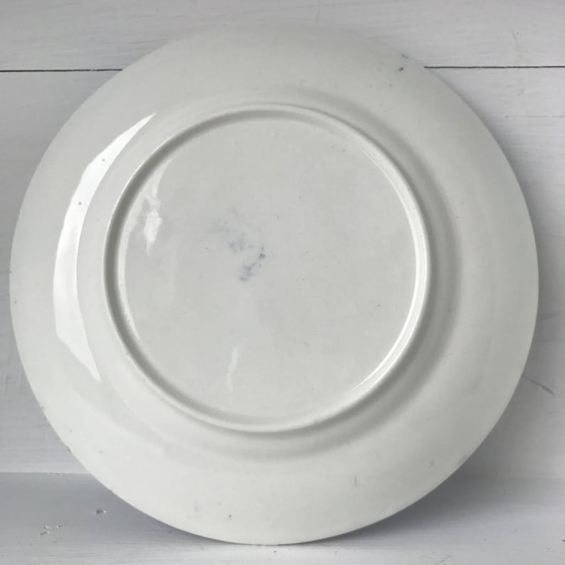 Chinese-style blue /& white side plate with guilt edge