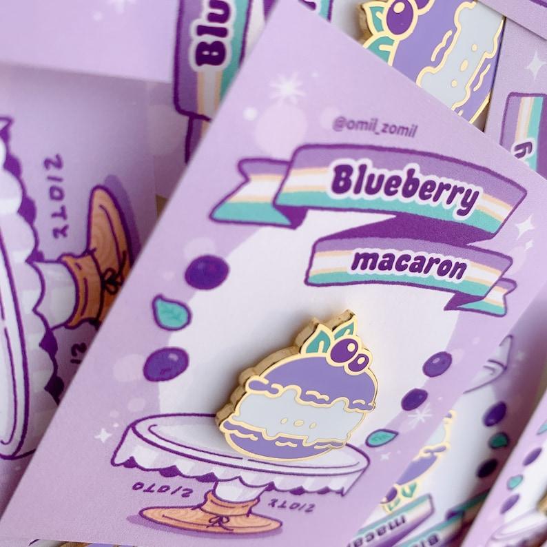 Blueberry Cerabear Macaron enamelpin