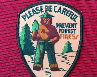 FIREFIGHTING CAMPING PREVENT FOREST FIRES SMOKEY THE BEAR EMBROIDERED PATCHES
