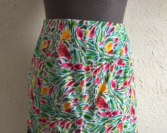 JH Collectibles floral panel skirt