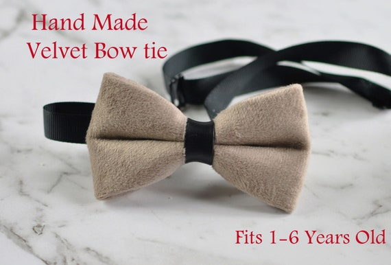 Baby Kids Boy Navy Blue Embossed Velvet Leather Bowtie Bow Tie 1 to 6 Years Old