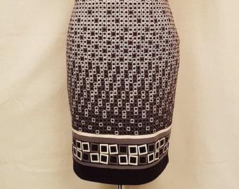Vintage women knitted pencil skirt. Label Magnolica. Geometric pattern.