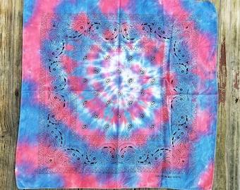 Tie dye bandana, tie dye, paisley bandana, colorful bandana, tie dye hanker-chief, trippy bandana, boho hair wrap, hippie bandana, under 10