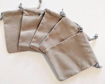 Velvet drawstring pouch 16e1ab4a2
