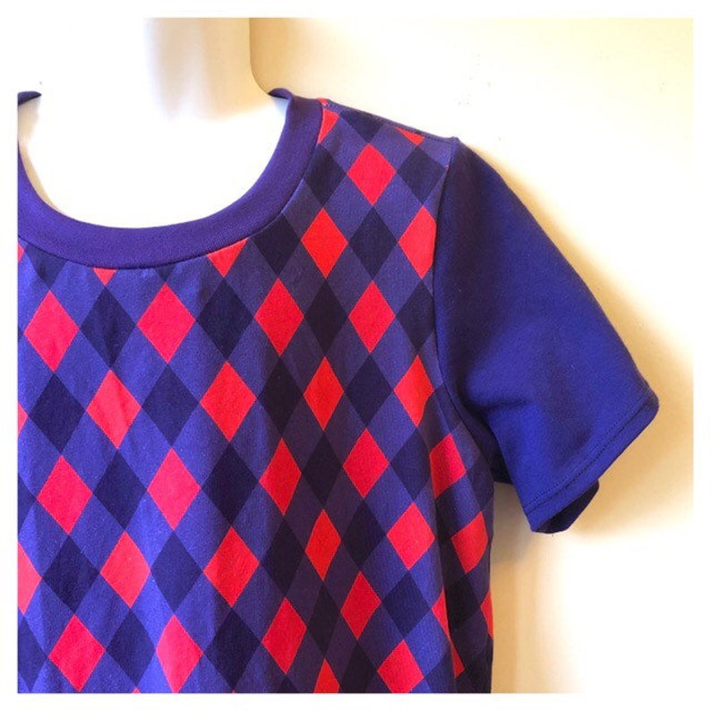 Harlequin red and royal purple tshirt. T-shirt