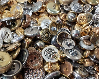 f8b7f6ab531 50 Vintage Metal   Metal Toned Buttons