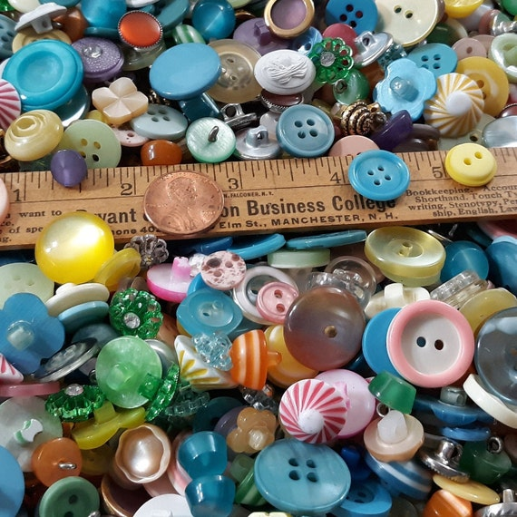 Aqua//Turquoise Small Mixed Buttons