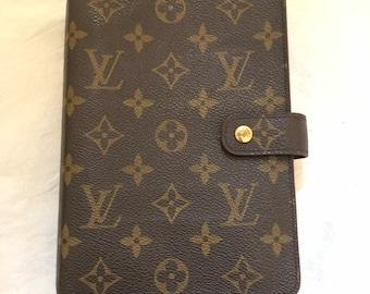 5ee3673e3b7 Louis Vuitton Monogram Agenda MM Day Planner Cover Authentic Medium LV MINT!