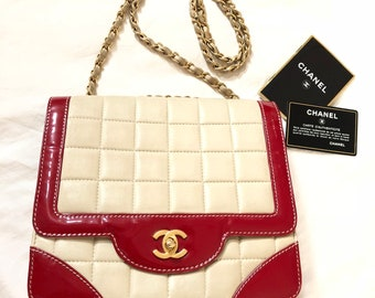 452f20ec3b89 CHANEL CC Chain Shoulder Bag Choco Bar Leather Patent Leather Beige Red  Gold Tone metal Vintage Auth