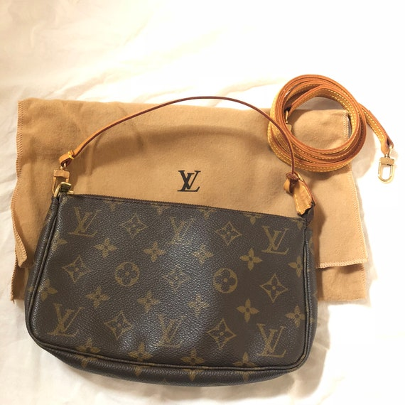 9ced4b480bc5 Louis Vuitton Authentic Monogram Pochette Accessoires Pouch