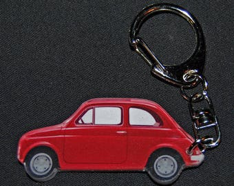 photo of a FIAT 500 red keychain