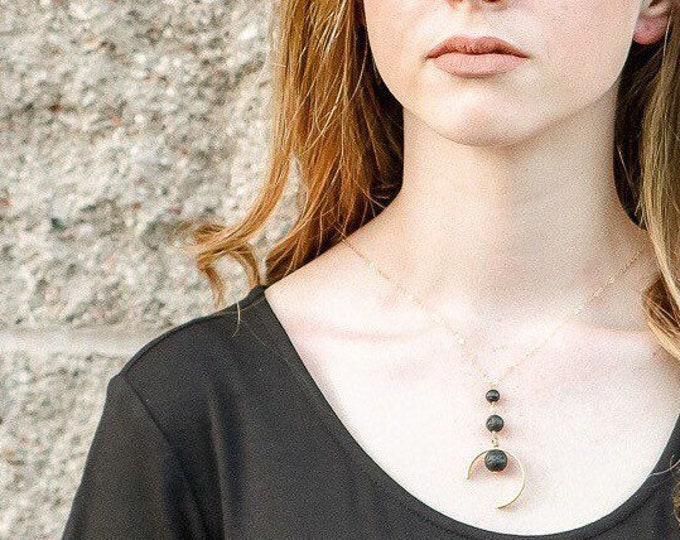 Aria, Modern Gold Diffuser Necklace, Essential Oil Necklace, lava Stone Necklace, Gold Diffuser jewelry, The Modern Gem, Diffuser
