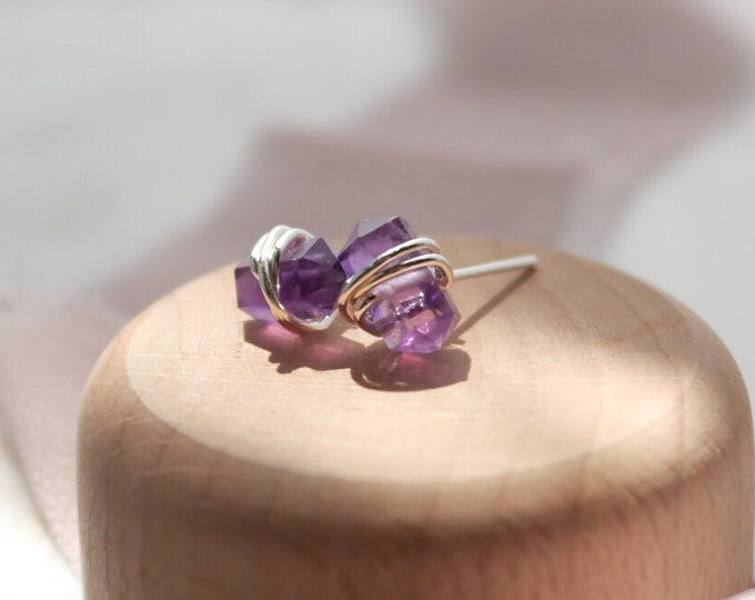 Amethyst Stud Earrings , crystal point earrings, Gold February Birthstone Studs, Rose Gold , Sterling Silver, Geometric Natural Stone