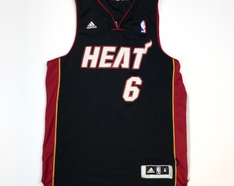 0381679d1821 Miami Heat Lebron James jersey