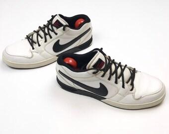 644851dee133fe Mens Nike Mogan-Schuhe