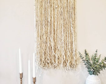 Macrame Wall Hanging in Speckled Cream