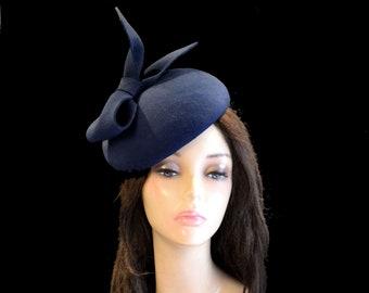 navy blue pillbox hat fascinator cocktail wedding hats bridal dark blue felt ascot kentucky womens tea party church  with a bow handmade