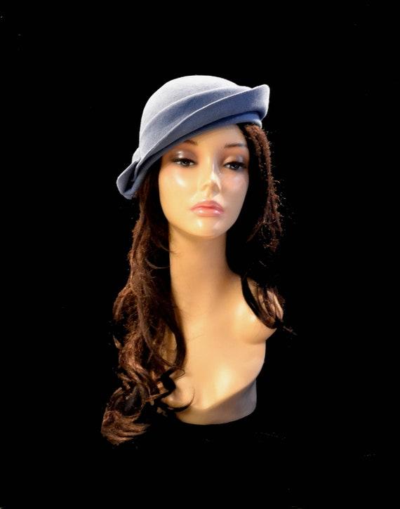 f60e6ed8f gray hat Vintage hat retro hat vintage style hat cocktail hat Felt hat  church hat 1940s wool hat 1930s hat 1920s gray blue hat