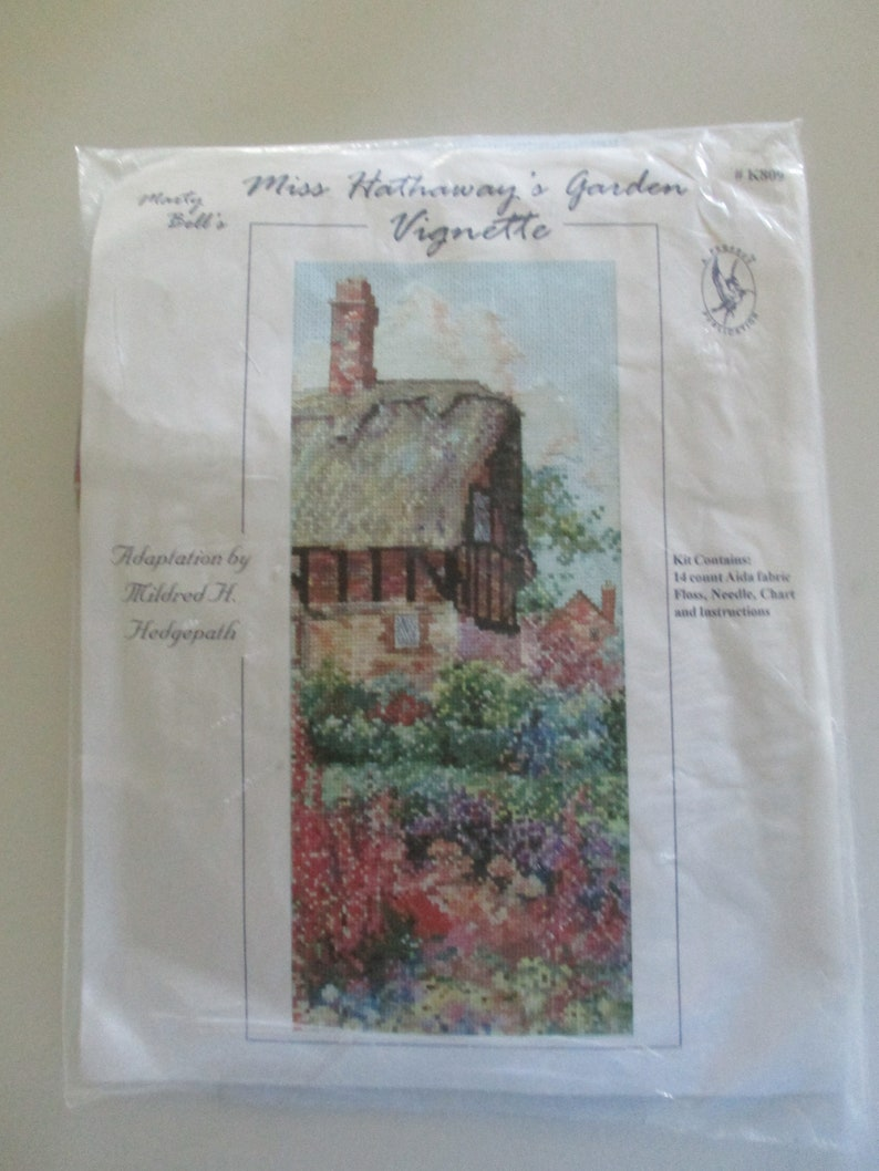 Floral Gardens Picture Miss Hathaway/'s Garden Vignette Counted Cross Stitch Kit Cottage Picture Country Side Picture Stitchery Kit