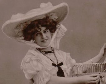 Miss Marie Studholme Actress Singer Postcard. Real Photograph Postcard Not Posted ~ 1900's