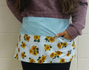 Vendor/Waitress/Utility Half Apron Sunflowers