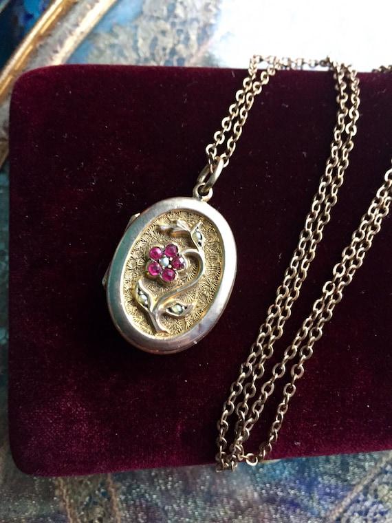 Forget Me Not Flower Locket Necklace - Red Paste L