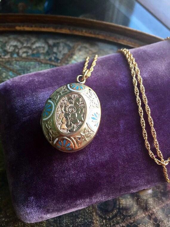 Enamel Locket Necklace - Flower Locket- Engraved L