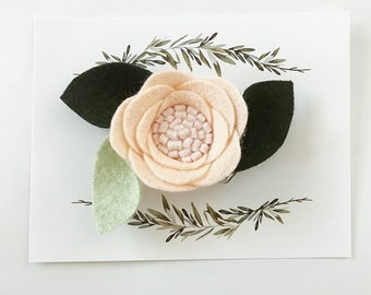 Peach felt flower, felt hair clip, nataliesclips
