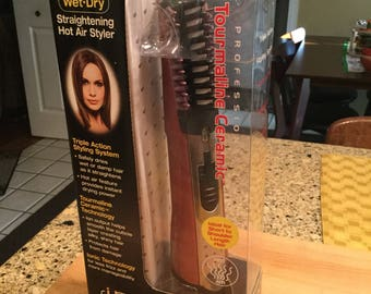 WET-DRY Straightening Hot Air Styler (New)