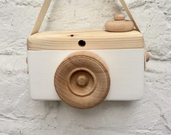 Limited Edition Nordic Wooden Robot ~ Designed /& Crafted by Swedish Artisan