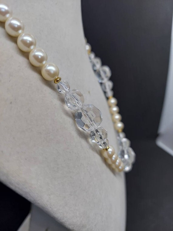 Vintage Marvella pearl and crystal necklace - image 2