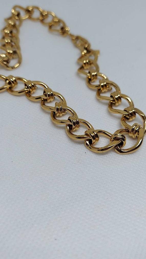 Vintage Monet Gold Tone chain