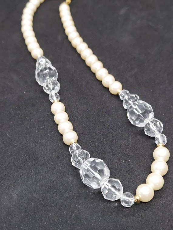 Vintage Marvella pearl and crystal necklace - image 7