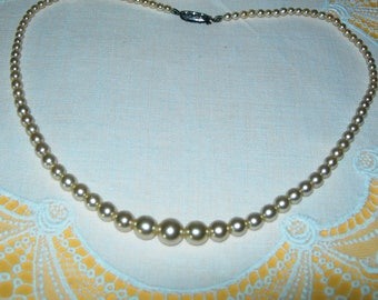 Vintage pearl necklace, graduated, beaded, art deco, classic