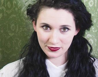 Hypnotist Larissa - Librarian's Gentle Hypnosis