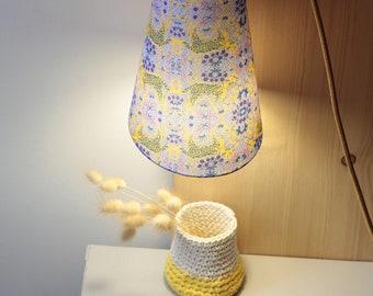 Nomadic lamp, walking lamp, lamp, suspension, Madame iris, lampshade, asymmetrical lampshade, luminaire, bedside lamp, cotton