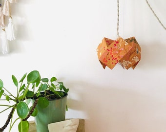 Origami walking lamp, walking lamp, origami lamp, lamp, light, lampshade, fabric, origami, floral fabric, textile cable