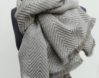 Big scarf plaid