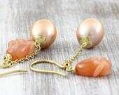Freshwater pearl earrings...