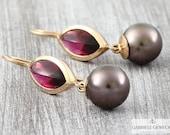 Garnet Pearls Necklace Ea...