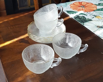 1950's Jeannette Glass GOLD TRIM HARP Cups and Saucers - Set of Four
