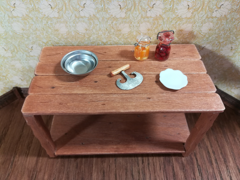 Sir Thomas Thumb Handcrafted Wood /& Metal Food Chopper 1:12 Dollhouse Miniatures