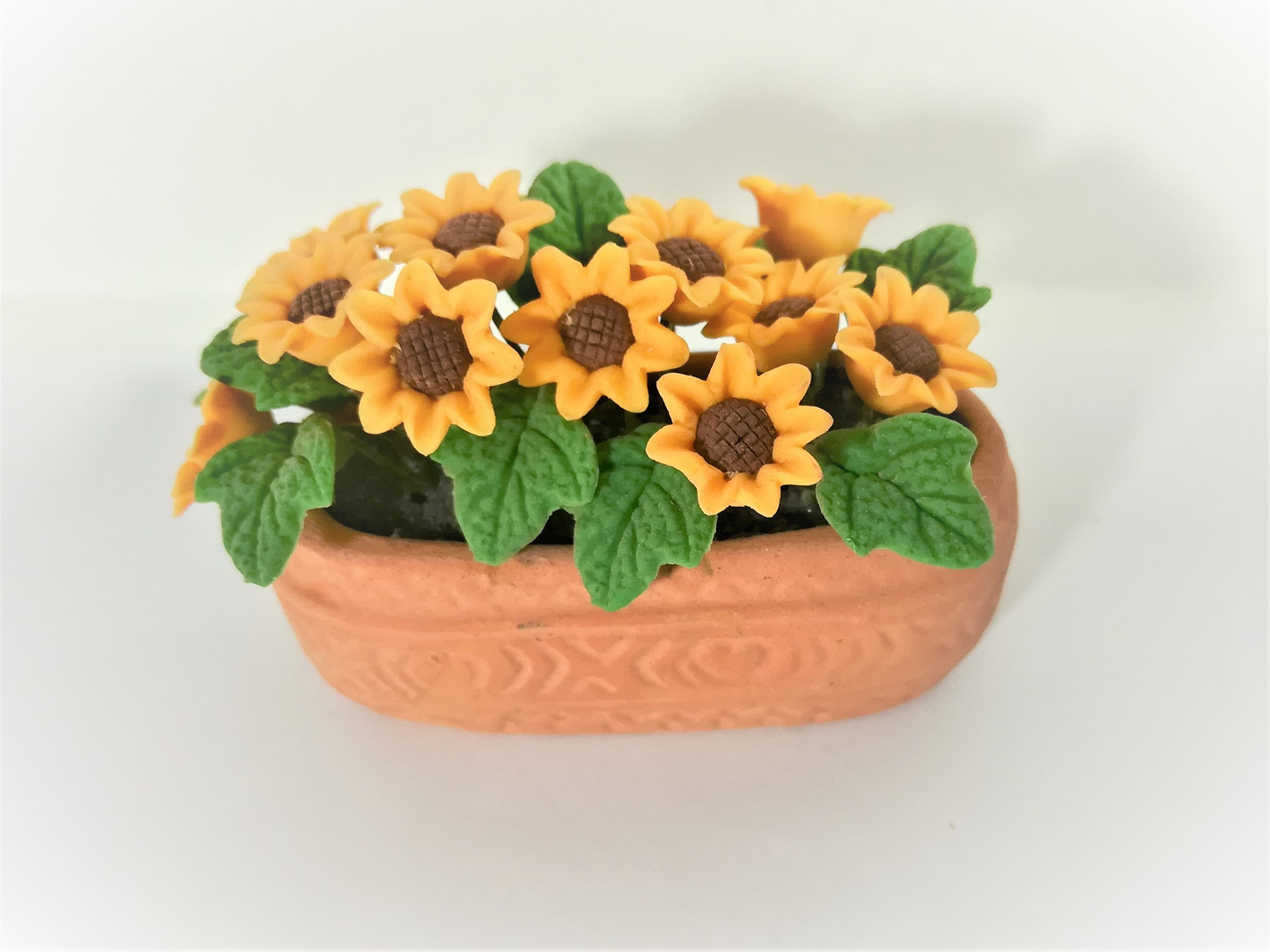 1:12 Dollhouse Miniature Sunflowers in Country Planter//Miniature Gardening
