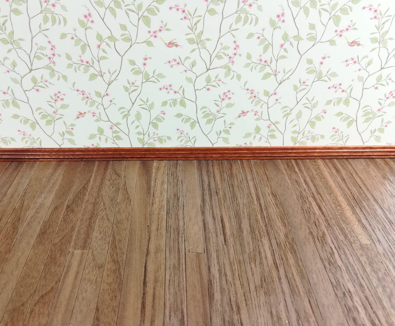 "Dollhouse Miniature Dark Real Wood Flooring 3//8/"" Wide Planks 1:12 Scale 17 x 11"