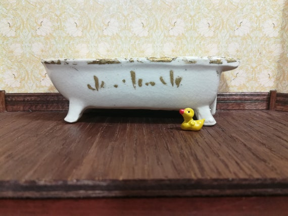 Dollhouse Miniature Rubber Ducky Set of 2 1:12 one inch scale F11 Dollys Gallery