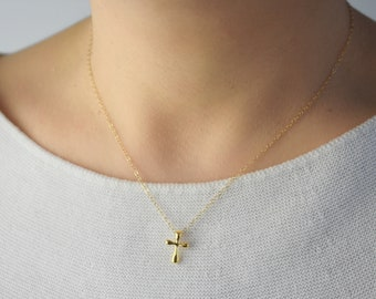 Dainty Gold Cross Necklace / Gold Cross Necklace / Delicate Gold Cross Necklace / Gold Dainty Necklace / Delicate Gold Gift For Her AD013