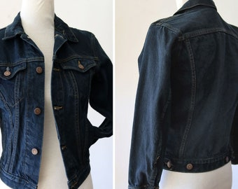 Ähnliche Artikel wie Vintage dunkle Denim Jeansjacke 90er