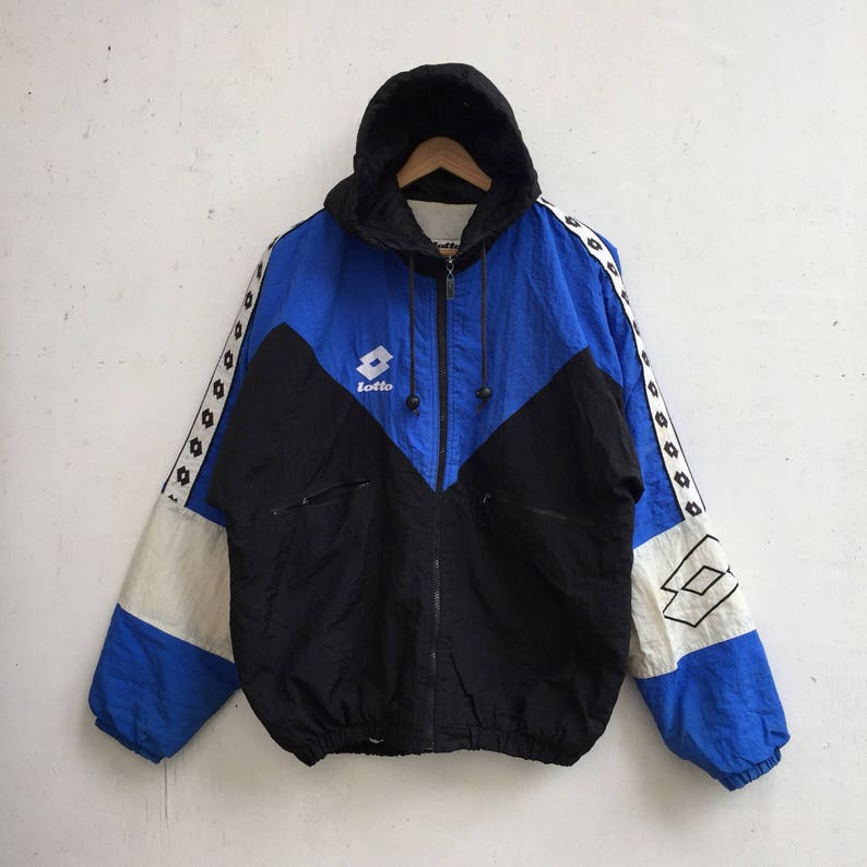 74e621efcd5d Vintage LOTTO Italia Hooded Jacket Rare White Blue Zipped