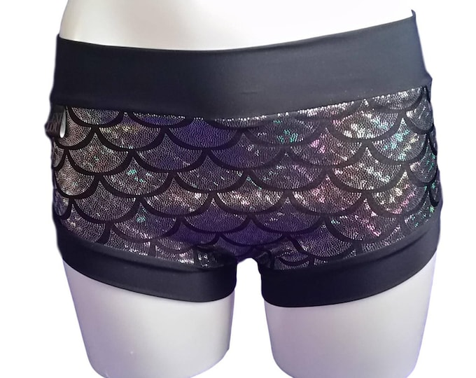 Pole shorts - Silver Mermaid Print