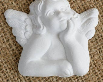 Angel in ceramic plaster for favors